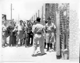 The Jews vs. their British guards in Atlit