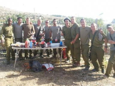 Helping Our Soldiers #BringBackOurBoys IDF Search Party Food Collections in Jerusalem
